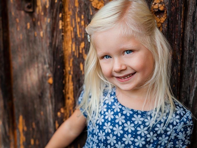 Fotohooting Kind draußen Coswig