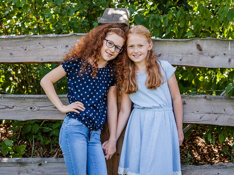 Geschwisterfoto Natur rote Haare